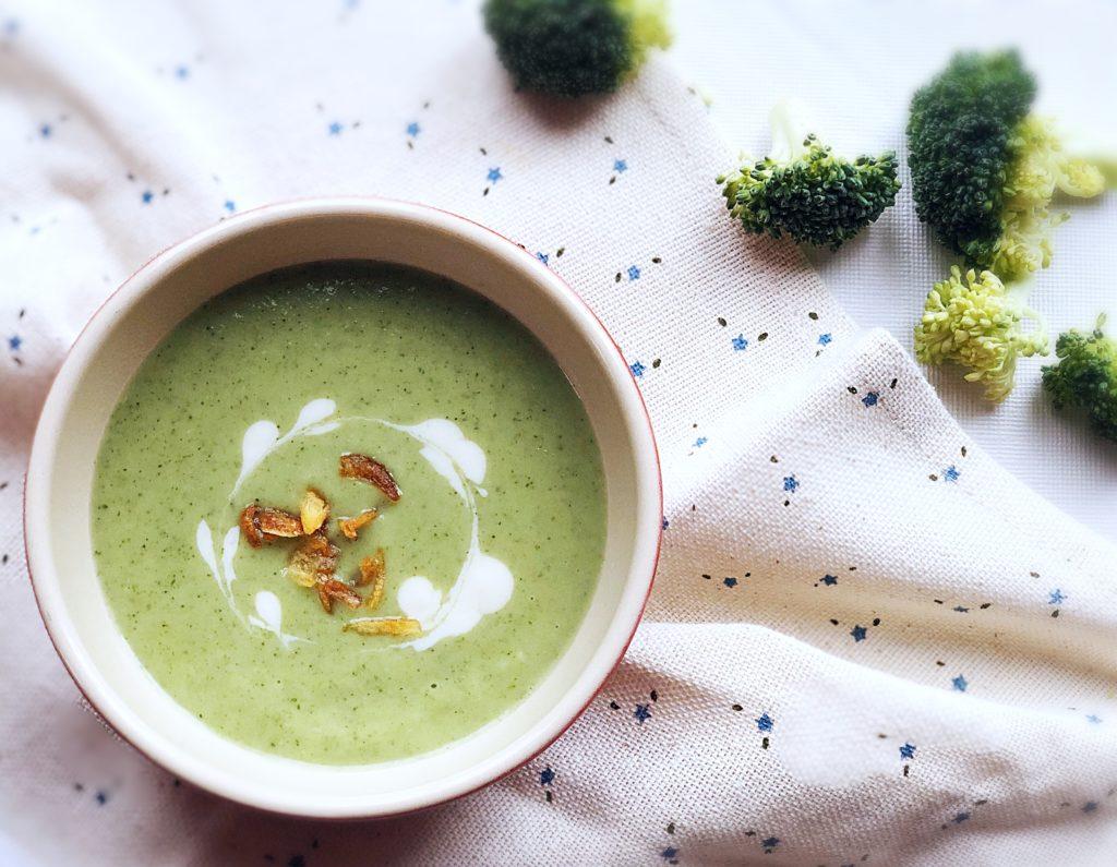 ブロッコリーの大量消費にはこれ!子供達は緑色のスープを飲んでくれるのか?